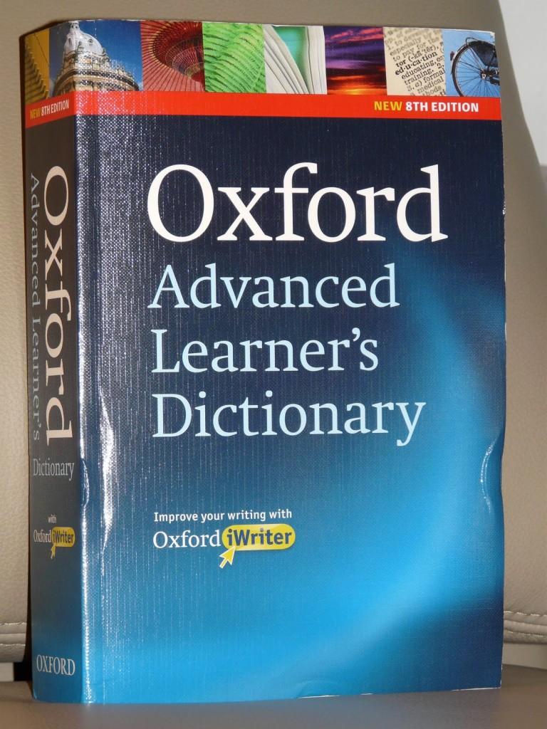 dựng - 11 lý do vì sao bạn nên sử dụng từ điển Anh-Anh Oxford-768x1024